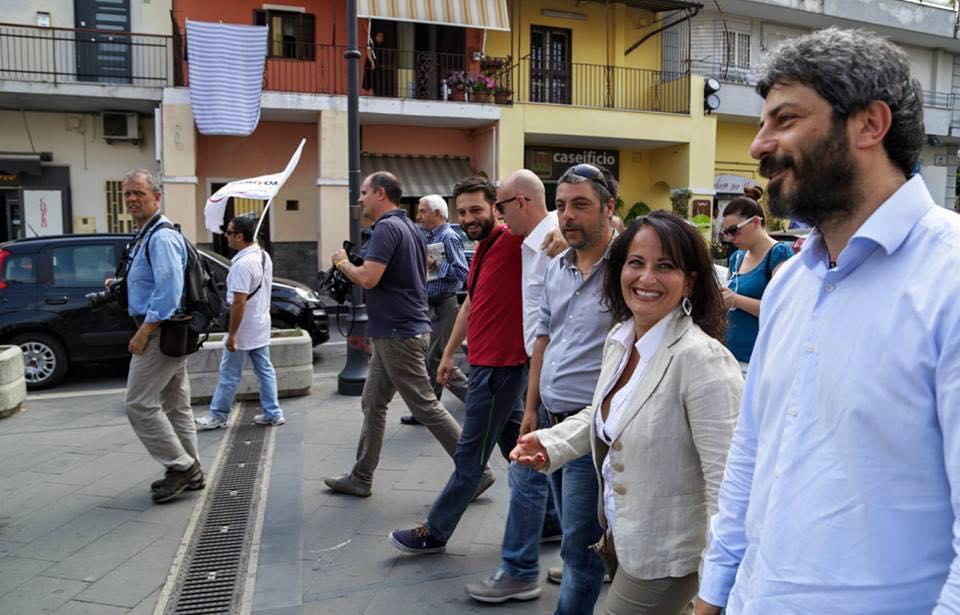 Roberto Fico e Rosa Capuozzo, candidata sindaco M5S a Quarto (Na)