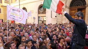 roberto fico piazza montecitorio 11 ottobre 2017